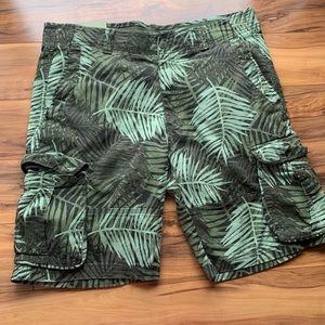 Goodfellow & Co mens Hawaiian 🌺 cargo shorts 38